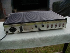Dumortier Solid State Integrated Amplifier