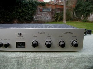 Dumortier Solid State Integrated Amplifier (5)